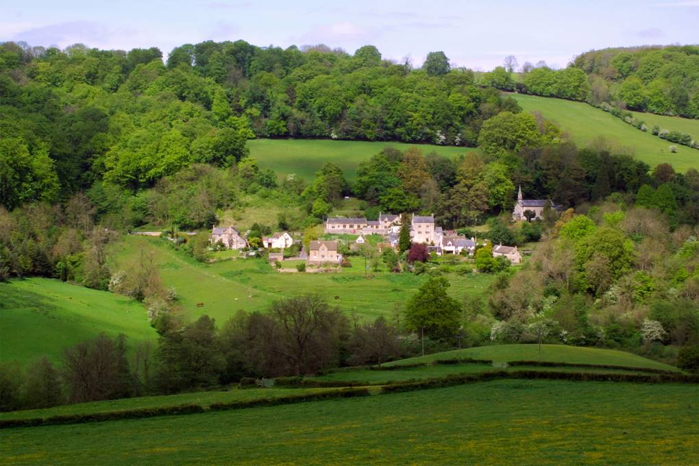 slad-valley-gloucestershire-gettyimages-186853670